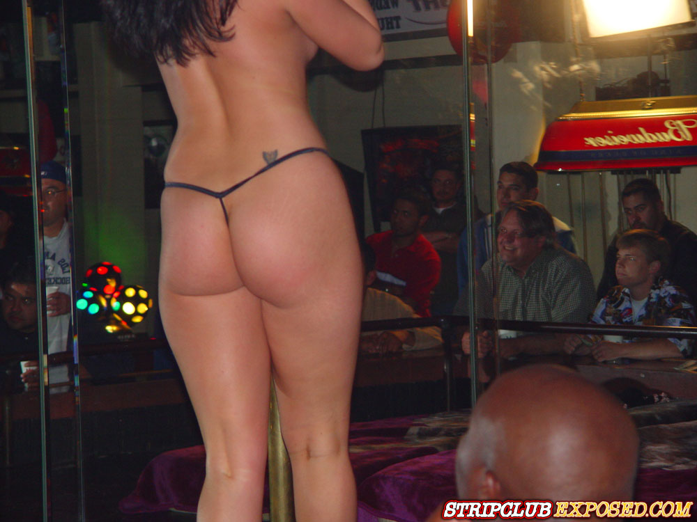 Girls at male strip club-6077