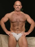 Hairy well-experienced man Steve Majors lets you take a look at his nice bare as