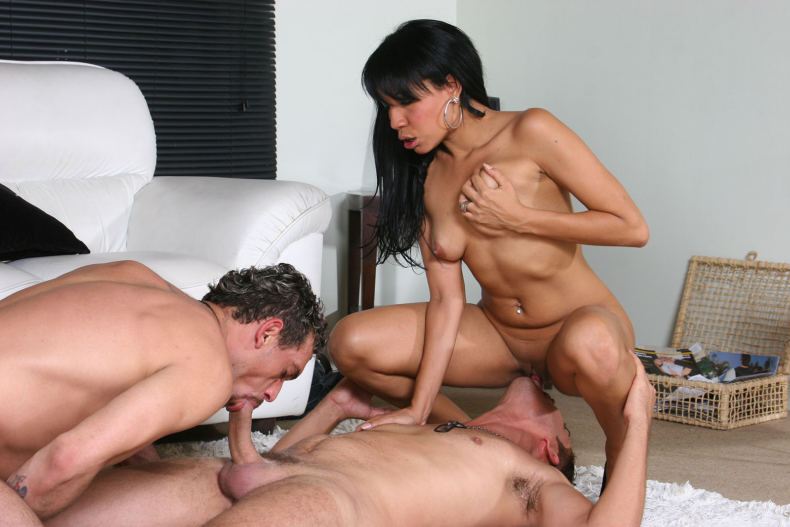 3some with married couple