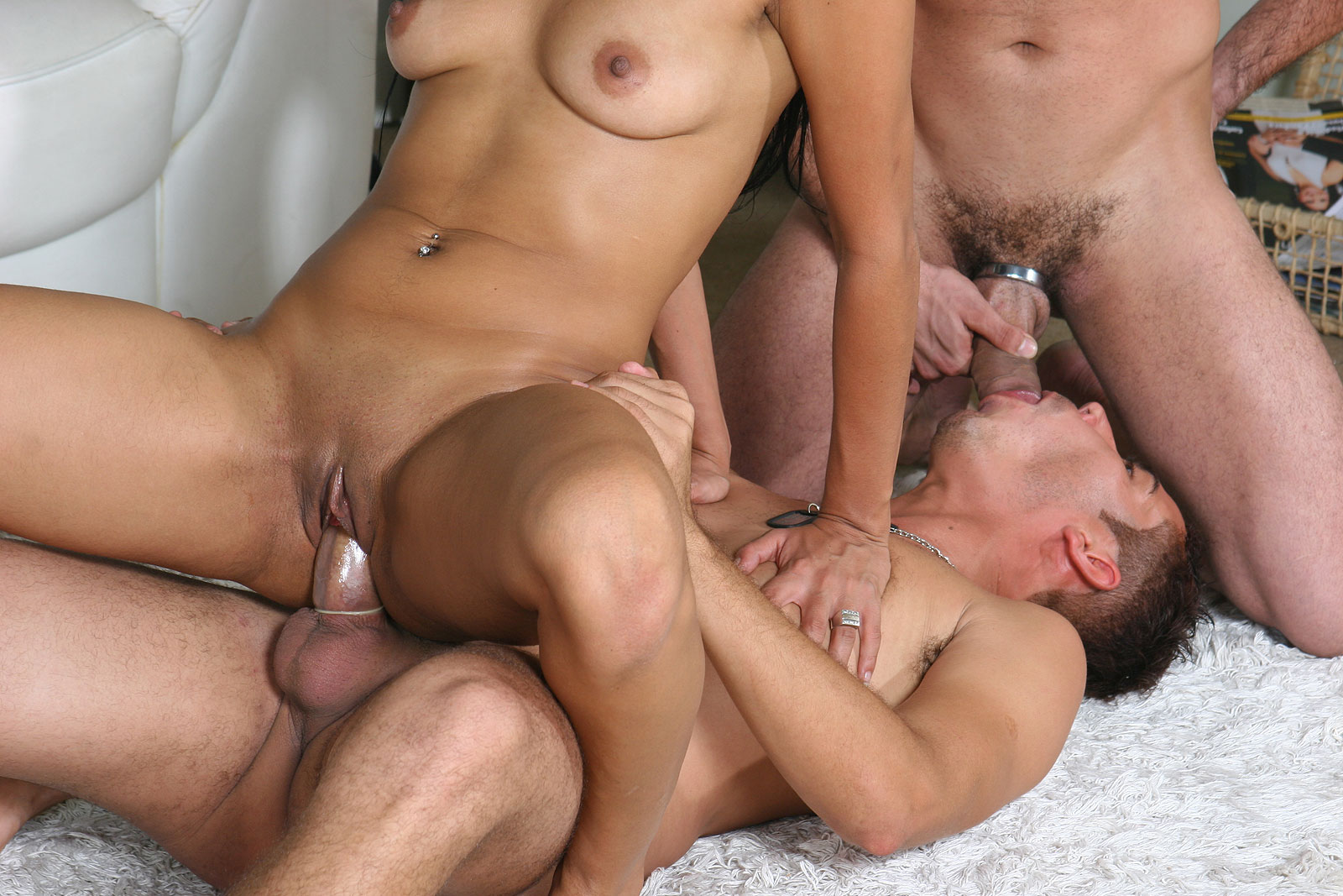 Bi sex threesome porn older women boys