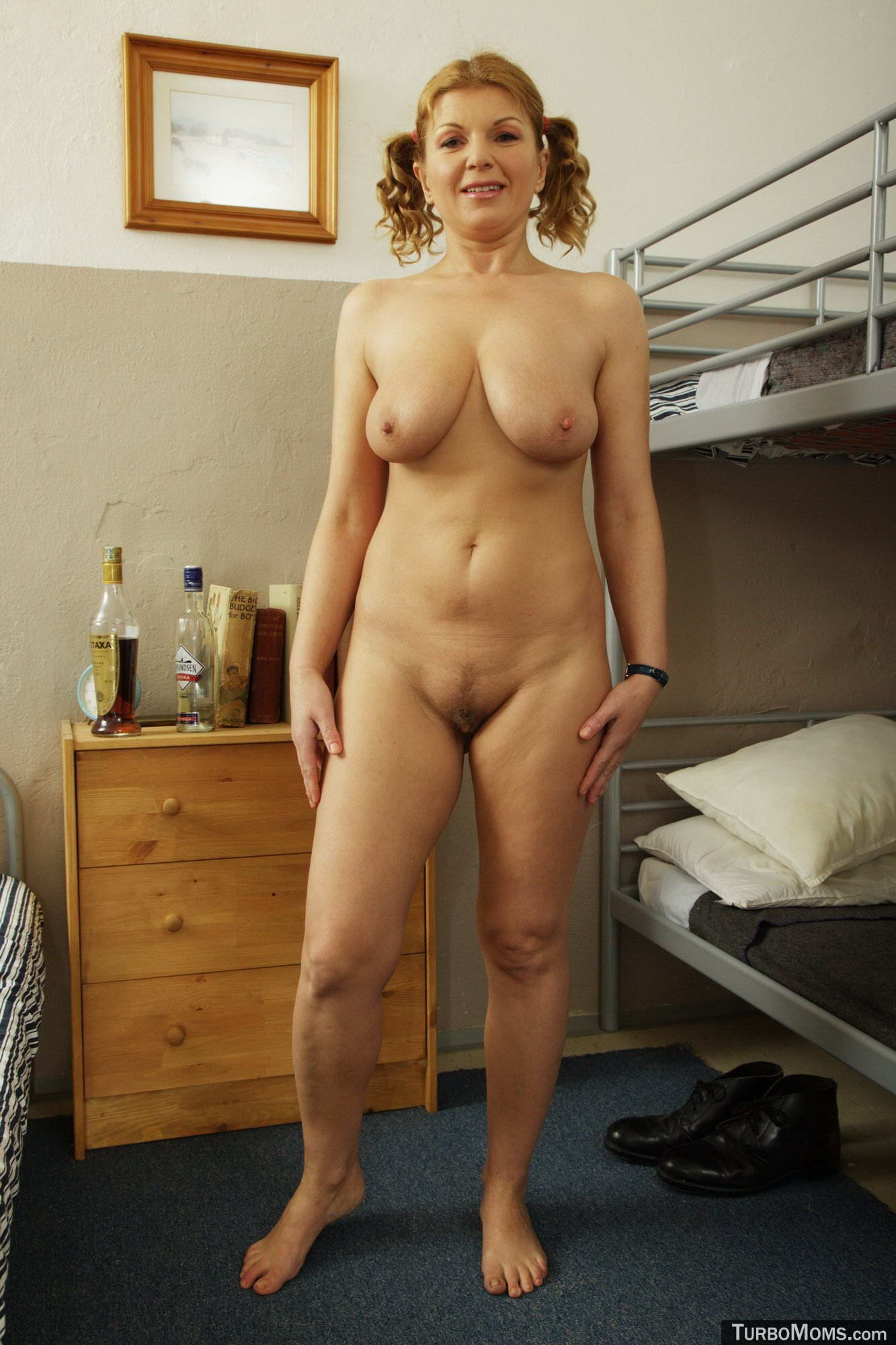 Hot mommy 4 - 3 part 6