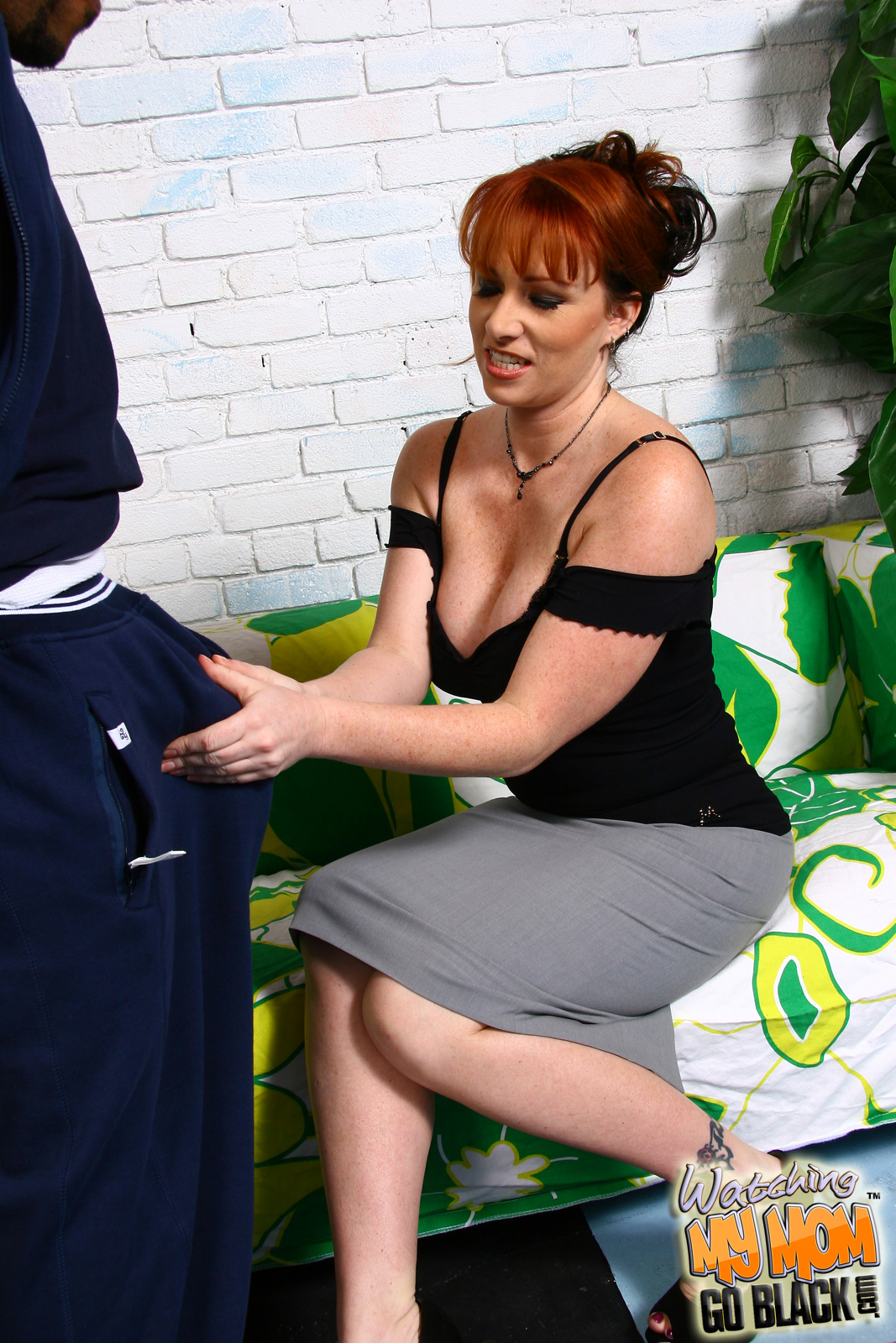 amateur-black-mom-and-white-boy-sex-michele-oral