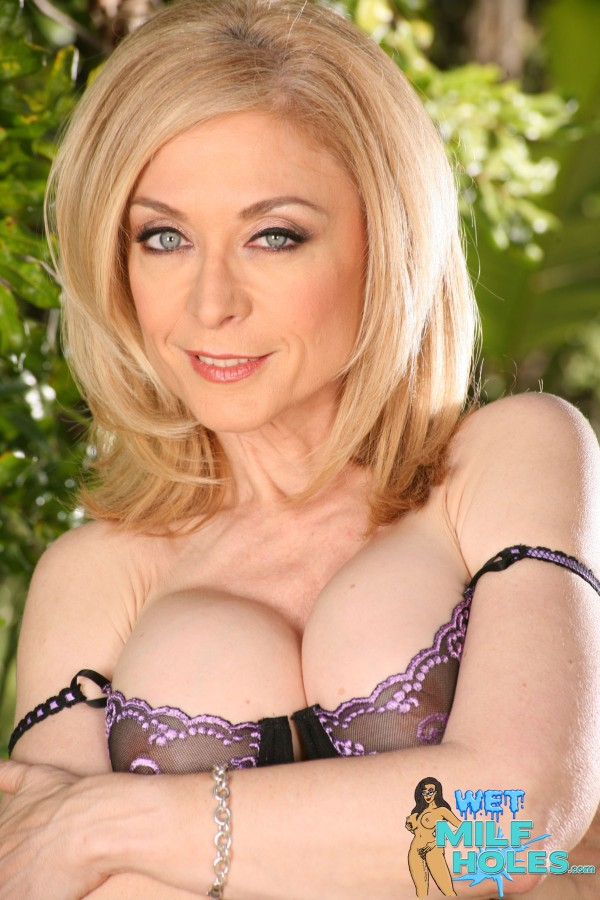Apologise, wet Nina milf hartley with you agree