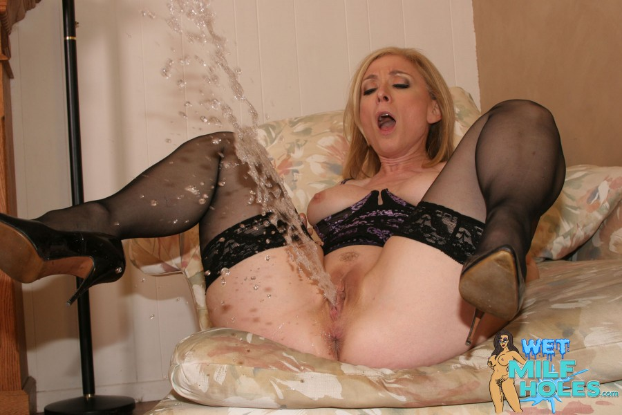 Free Mature Squirt Videos